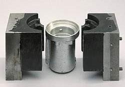 WEICON–A Пастообразный ремонтный металлополимер, наполненный сталью